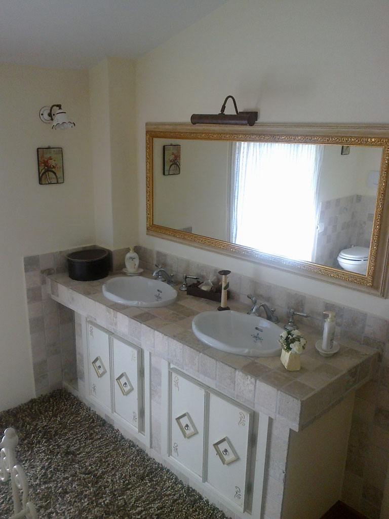 Bagno In Muratura Pilastro Jpg Pictures to pin on Pinterest